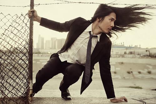 [フリー画像] 人物, 男性, 髪がなびく, 201108271700