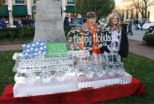 Holiday Train w Wagon and Logo 3.5 blocks ice sculpture