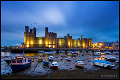 Caernarforn - Caernarforn Castle and Moored Boats (Yen Baet) Tags: city uk travel england reflection castle water wales architecture night marina river boat twilight dock ancient ruins europe cityscape view riverside unitedkingdom britain dusk scenic landmark icon tourist medieval quay esplanade promenade british bluehour welsh fortification moat picturesque fortress iconic quayside gwynedd northwales caernarvon menaistrait edwardi europeancities europeancastle caernarfonshire caernarforn motteandbaileycastle