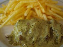 P8285407 (paulo_i_sverige) Tags: portugal herbs beef comida fries steak carne cascais ervas batatafrita marinadecascais casccais brasseriedelentrecôte
