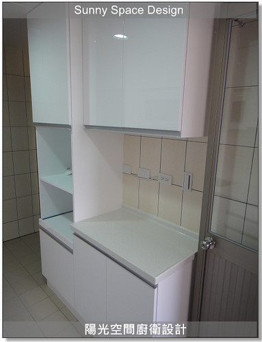 廚房設計-中和連城路曹設計二字型廚具:電器櫃+平台櫃-陽光空間廚衛設計