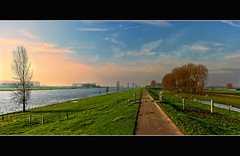 River view 7 (Wim Koopman) Tags: blue trees sky holland green water netherlands dutch grass river landscape photography photo hiking path walk stock nederland delta maas rhine footpath dike rijn stockphoto rheinlandpfalz stockphotography hunsrck estuarium wpk bergsche
