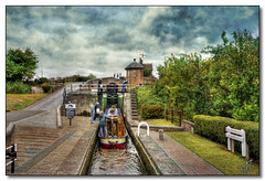 Bratch Locks (rjt208) Tags: canal locks leisure barge navigation westmidlands waterways wolverhampton lockkeeper wombourne britishwaterways staffordshireandworcestershirecanal lockkeeperscottage bratchlocks rjt208 staffordshireandworcestershire