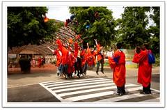 making memmories (~GlassLightHues~) Tags: friends woman india students high jumping photographer batch delhi joy memmories photographs iit convocation mates capturing 2011 passouts irishues glasslighthues