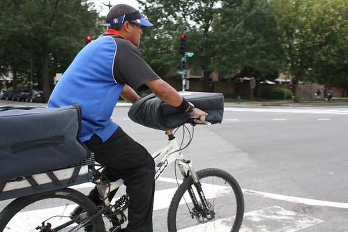 11.Bicyclist.4M.SW.WDC.2September2011