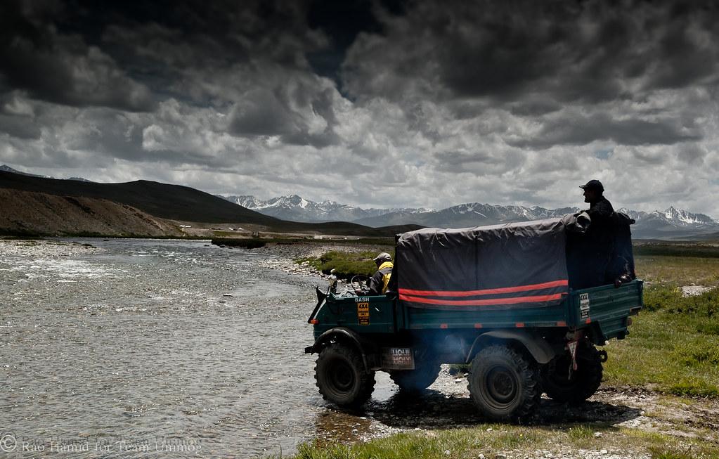 Team Unimog Punga 2011: Solitude at Altitude - 6115399915 4549af8cc9 b