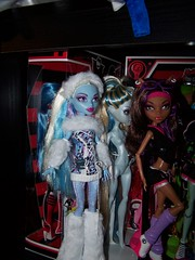 Abby is loose! (a_birds_eye_video) Tags: fashion monster high doll abby mattel