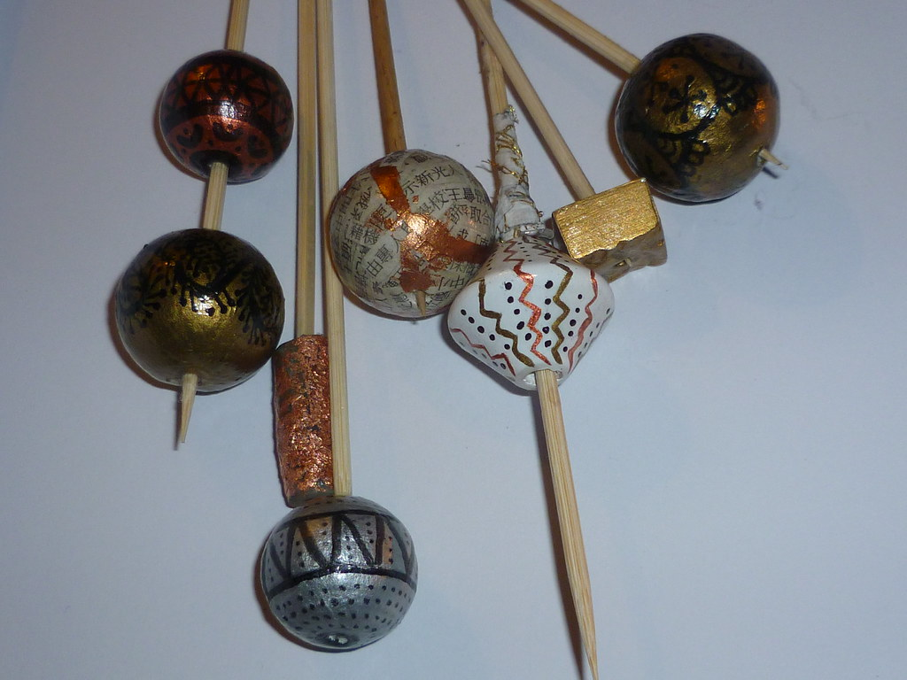 1-7/8/11 A Variety of Varnished Beads TADA365 No:325