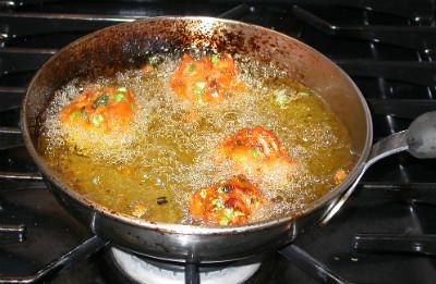 Pakoras - frying