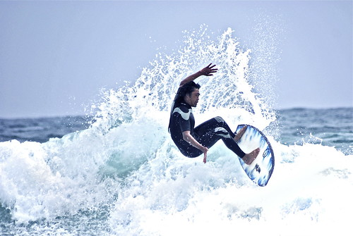 Shirahama. on the surf VI