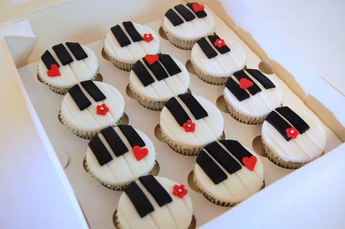 Piano Cupcakes Beautiful Birthday Cakes