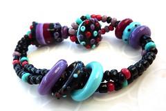Loop the Loop bracelet (LushLampwork) Tags: uk glass beads purple handmade bracelet malvern lush lampwork juliefountain lushlampwork