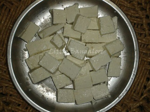 Chopped paneer pieces