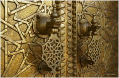 Royal door handles (Elvir72) Tags: africa door travel adv