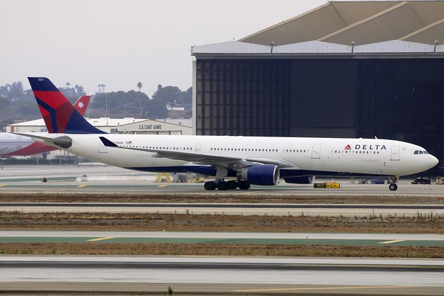 Delta Air Lines Airbus A330-323X (N817NW)