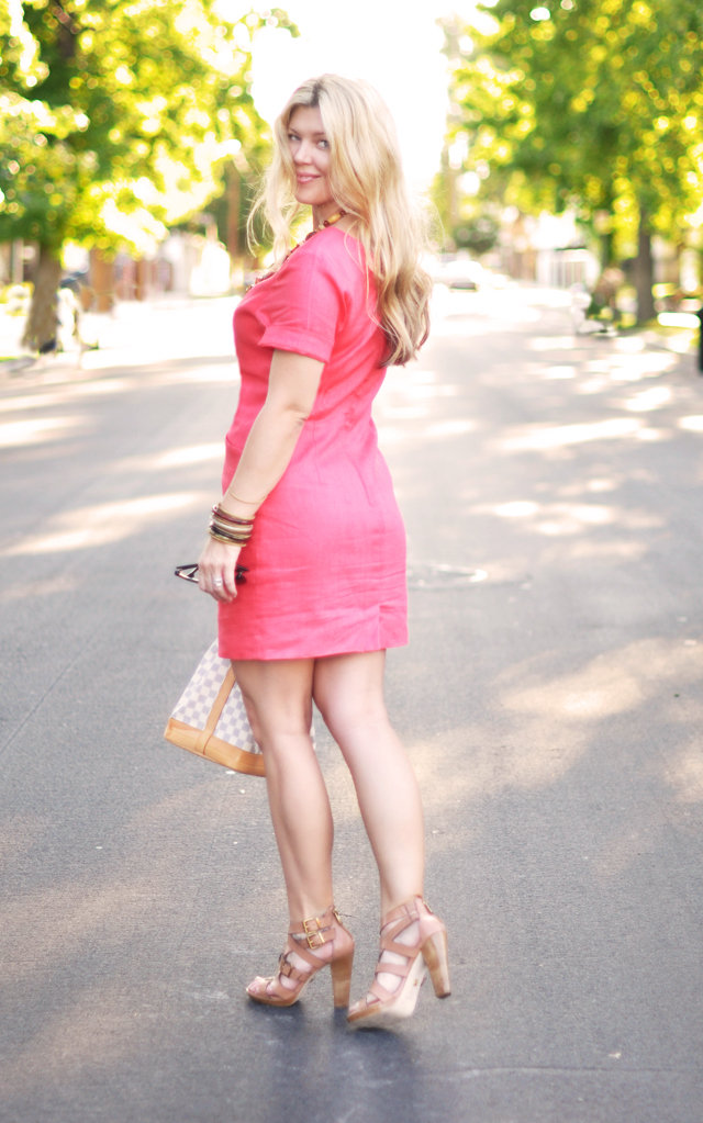 vintage coral dress with  neutral accessories+ hair+blonde hair+long hair