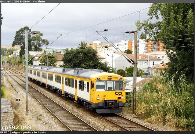 Série 592 (ex-RENFE) - Página 2 6033575542_ae89aa7683_z_d