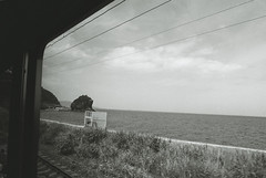 (noji-ichi) Tags: leica travel sea summer bw film window train bay hokkaido 28mm railway 400tx   otaru  m4   elmarit