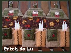 Porta velas (Patch da Lu) Tags: porta patchwork velas casinha fsforo portavelas