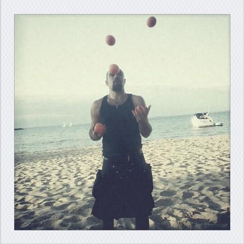 Juggling 6!