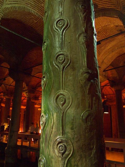 地下宮殿的淚柱