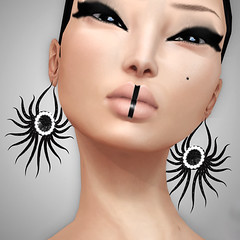 FINESMITH - NOIR EARRINGS 2 (Xenobia Foxclaw) Tags: slfashion secondlifefashion noircollection finesmithjewelry yulafinesmith finesmithdesigns
