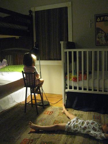 Bed time by azalea_