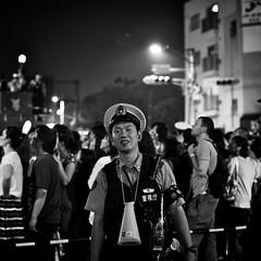 Nikon Select 2011-08-27 19-14-51 (MichelleSimonJadaJana) Tags: street city bw white black japanese tokyo streetphotography documentary lifestyle snaps  nikkor