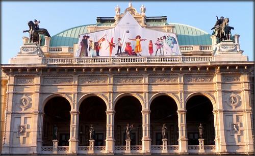 Wiener Staatsoper - Vienna  Opera by Ginas Pics