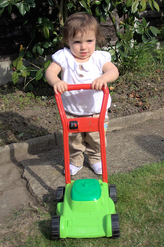 Amélie + Lawnmower