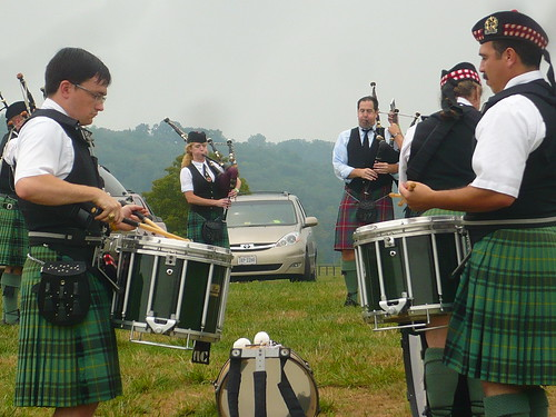 drummers and bagpipes
