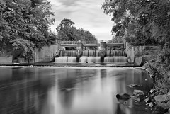 Ilmenau (chipsmitmayo) Tags: blackandwhite waterfall nikon wasser long exposure wasserfall filter schwarzweiss fluss hdr wehr density staustufe neutral langzeitbelichtung lneburg d80 nd110 neutraldichte