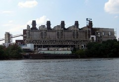 Potomac River Generating Station, Alexandria VA (by: bankbryan, creative commons license)