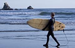 6086.3 Surfer Tether (eyepiphany) Tags: oregon solitude surf surfing drama wetsuit decisivemoment oregonbeaches summerlife oregonsurfing oregontourism manzanitta smuglerscove tappingthesource bestplacestosurf bestplacestosurfinoregon dramaofthesea cominginfromaset oregonbeachtowns manzanittaoregon