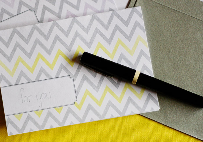 {frdiay freebie} chiming in with a bit of chevron