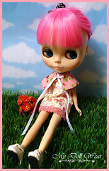 Blythe Outfit - Sweet Floral Dress with Cape