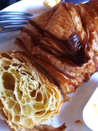 spinelli croissant cut