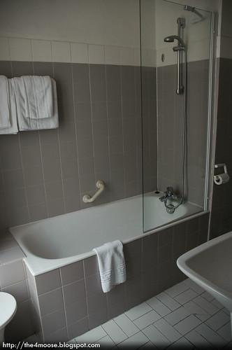 Hôtel des 3 Collèges - Bathroom