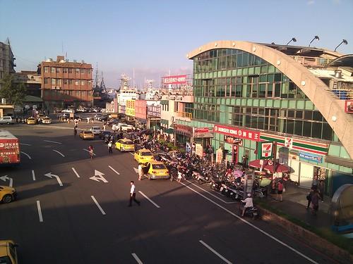 基隆火車站站前