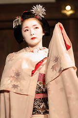 Traditional Maiko Dance (Teruhide Tomori) Tags: japan dance kyoto stage traditional maiko   gion miyagawacho   toshimana