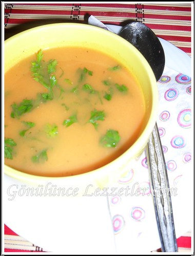 köz domates çorbası