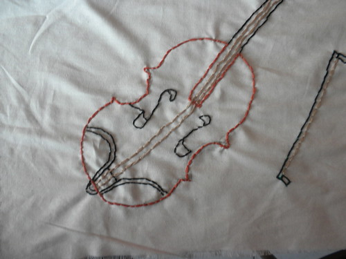Zaneta created this violin to display her love of music and the importance it plays in Roma culture.