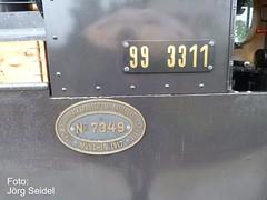 CH-5107 Schinznach-Dorf Schinznacher Baumschulbahn Dampflok Taxus 99 3311 im Juli 2011 (Joerg Seidel) Tags: schweiz suisse wwi steam vapor narrowgauge dampflok krauss kleinbahn deutschereichsbahn schinznach gartencenter smalspoor kraussmaffei feldbahn schmalspurbahn museumsbahn baumschule decauville baureihe99 schinznacherbaumschulbahn voieetroite schinznachdorf muskauerwaldeisenbahn heeresfeldbahn brigadelok 600mmspur lokomotivfabrikkrauss 60cmspur zulaufag