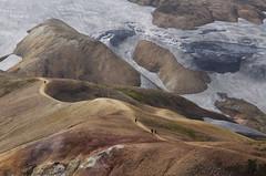 Largos caminos (Disfrutadetodo.) Tags: islandia colores caminos tele senderismo hielo montaas landmannalaugar camins