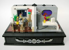 First (phone) contact (Tho) Tags: office lego desk space telephone alien micro scifi minifig vignette moc l13 squidman