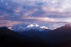 IMG_2536-8 (followtheboat.com) Tags: sky panorama cloud india mountain view sikkim sloud pelling kanchenjonga