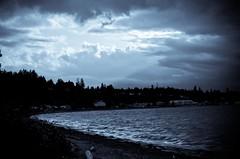 Island Storm, Bay