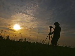Shadow of the photographer (MomoFotografi) Tags: light sunset sky sun canada quebec sony tripod olympus laurentides e5 blainville nex5