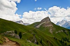 Impennato nel cielo (cesco.pb) Tags: italy alps canon italia alpi montagna trentino dolomites dolomiti montains colrodella efs1855mmf3556 valdifassa campitellodifassa canoneos1000d