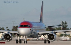 N664AV (EI-AMD Photos) Tags: america airport florida photos miami aviation united international mia airbus states a320 avianca kmia n664av eiamd